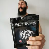 skull_strings_inert